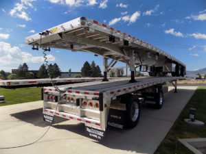 NEW 48′ REITNOUER ALUMINUM FLATBED TRAILER